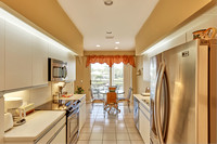 392 Spyglass kitchen