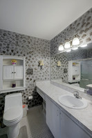 125 Raintree Master Bath.jpg