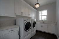 629 Inlet Laundry Room.jpg