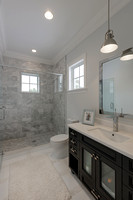 16773 Port Royal Kids Bath.jpg