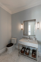 16773 Port Royal Guest Bath.jpg