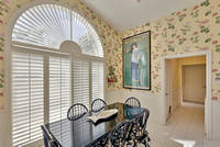 124 Victory Breakfast Nook