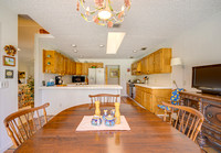 8039 SE Rivers Edge kitchen