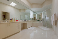 128 North Village master bath.jpg