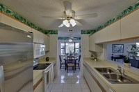 12767 SE Pinehurst Ct kitchen
