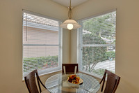 283 Sussex breakfast nook