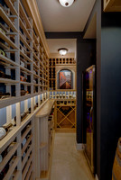 13933 Willow Wine Cellar