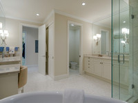 189 Commodore Master Bath 2.jpg