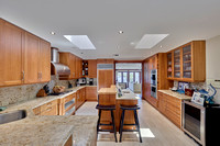17146 Bay St Kitchen 2
