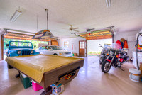 8039 SE Rivers Edge garage